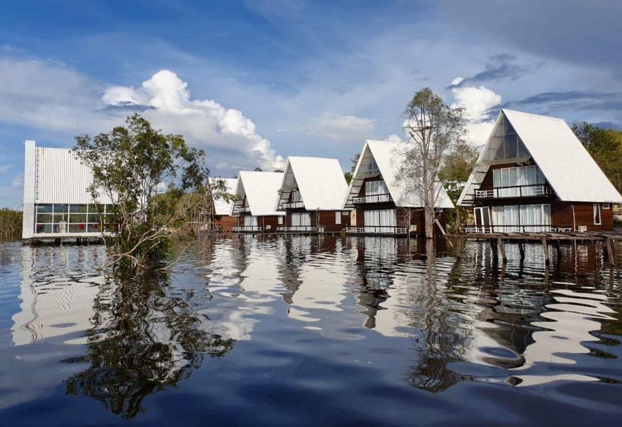 Cottage Terapung Danau Laet, Destinasi Wisata Baru di Kalimantan Barat