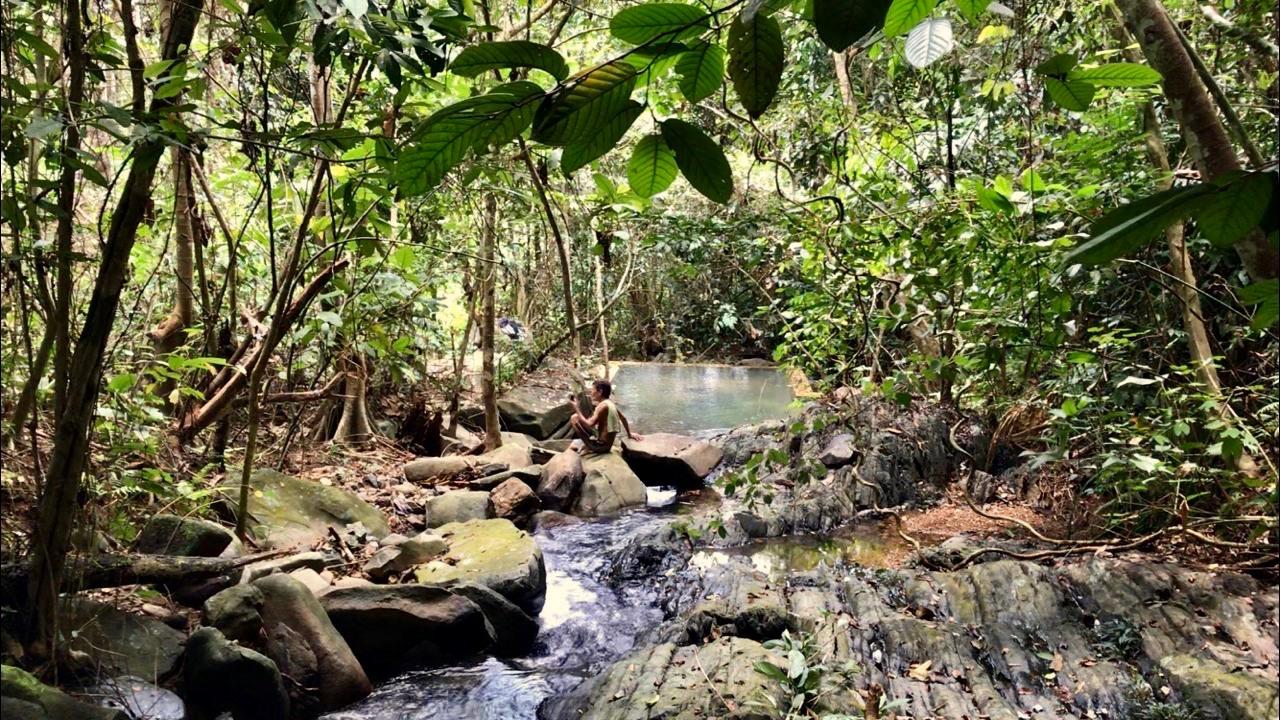 Air Terjun Baya, Tempat Wisata Alami Tersembunyi di Tebas