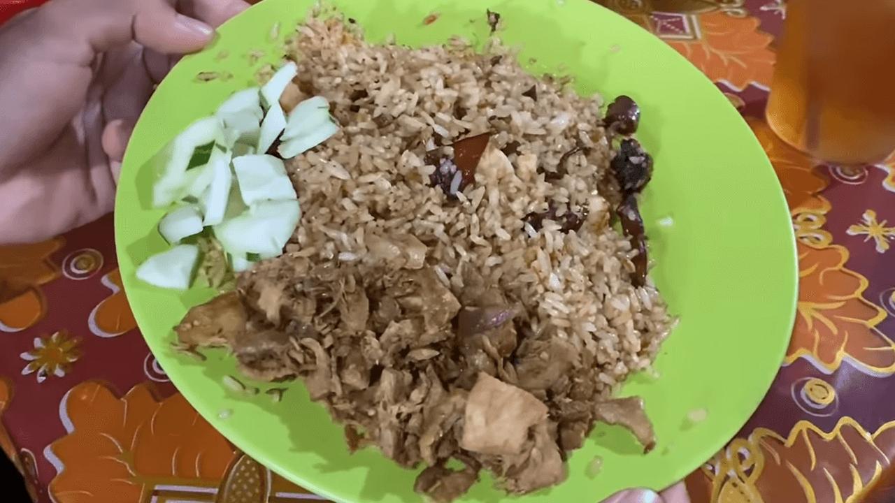 Nasi Goreng Unik, Cumi atau Udangnya Dimasak Pisah