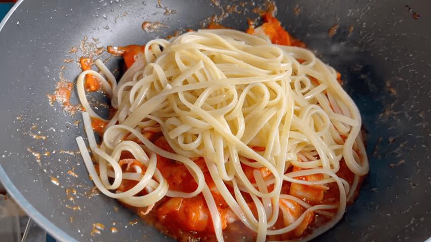 Spaghetti Pinggir Jalan Bintang Lima