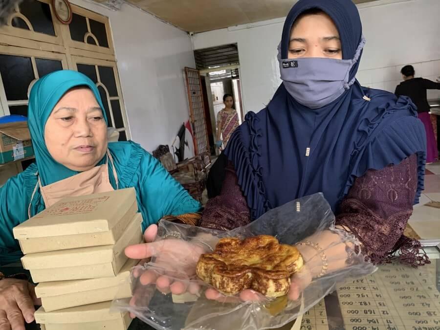 Melihat Produksi Bingke Berendam Khas Pontianak yang Laris Saat Ramadan!