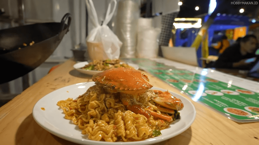 Mie Instan Seafood Cuco dengan Sambal Rahasia!